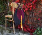 rogata małgorzata listopadowy las 1 wisi na krześle