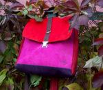 plecak torba owoce lasu zamsz kolorowe liście