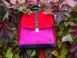 plecak torba owoce lasu zamsz liście jesień