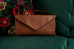 koperta kopertówka średni brąz poduszka w kwiaty folk